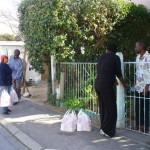 MANDELA DAY - 67 FOOD PARCELS X 2  - IN 67 MINUTES!!! 035